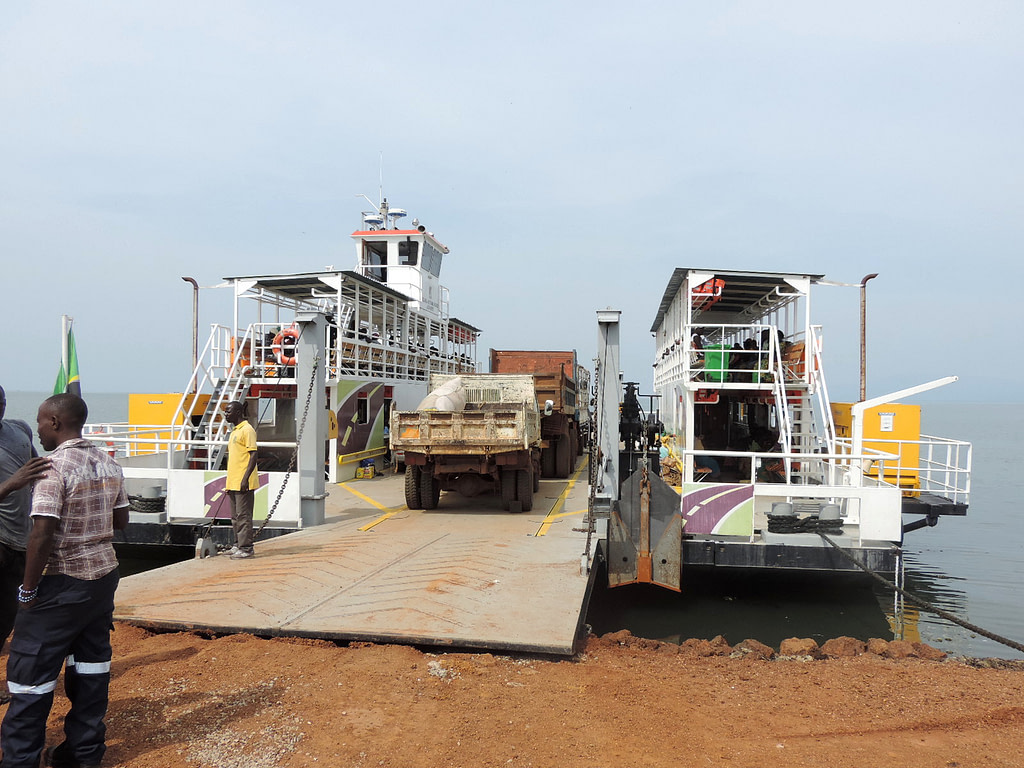 Ferry crossing in Murchison falls national park.